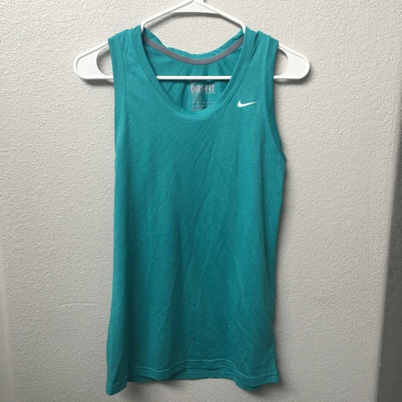 Nike dri-fit workout tank top. Size small